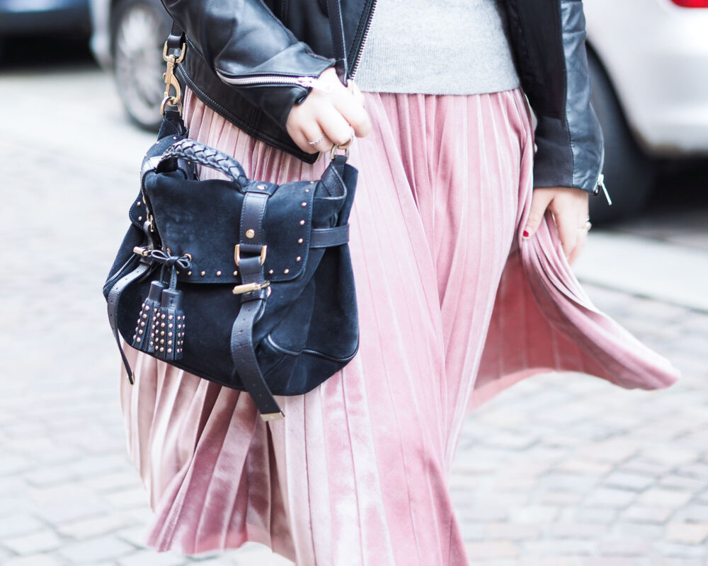 pink pleated skirt AW16 trends
