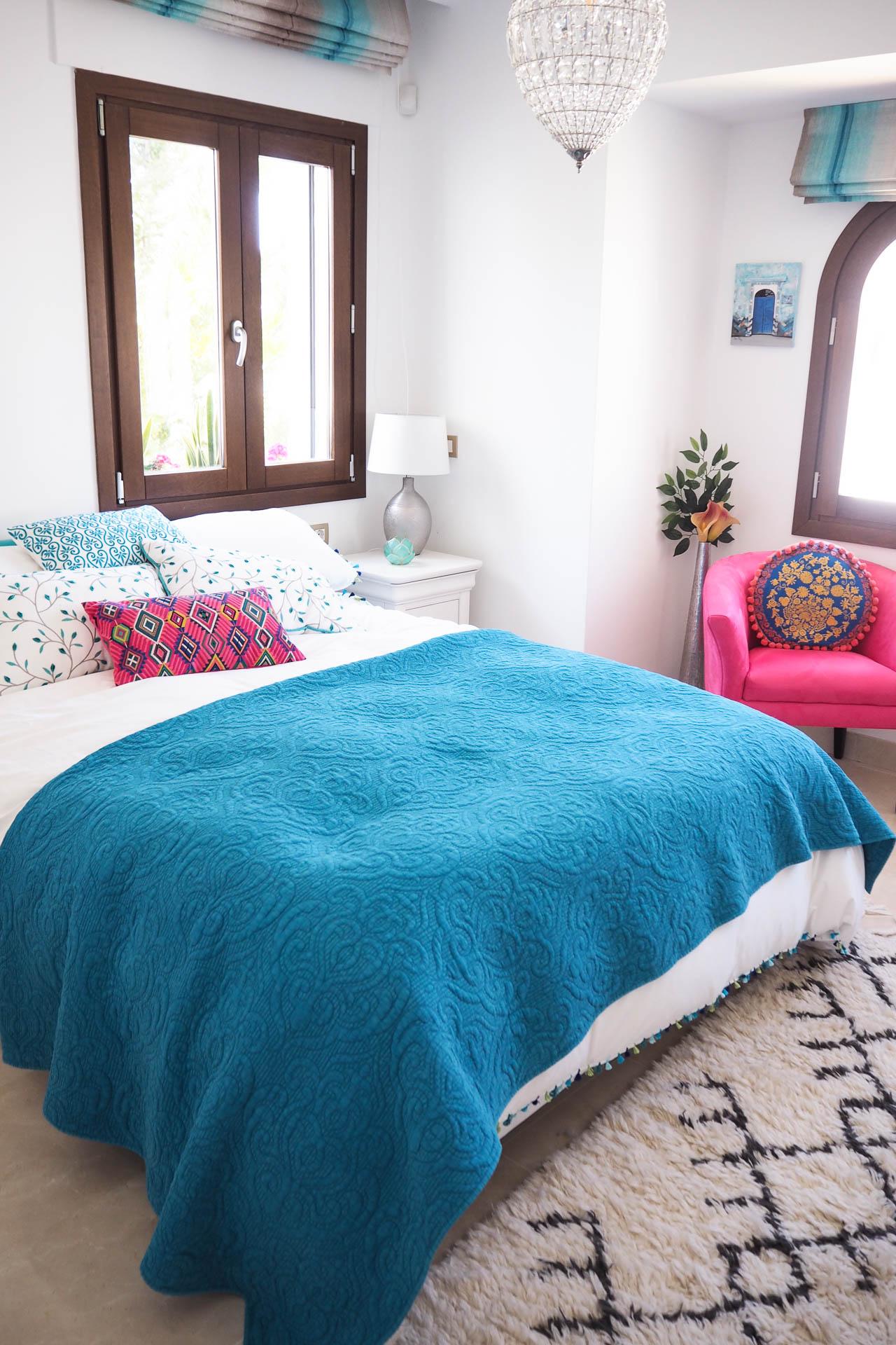 spanish bedroom interiors