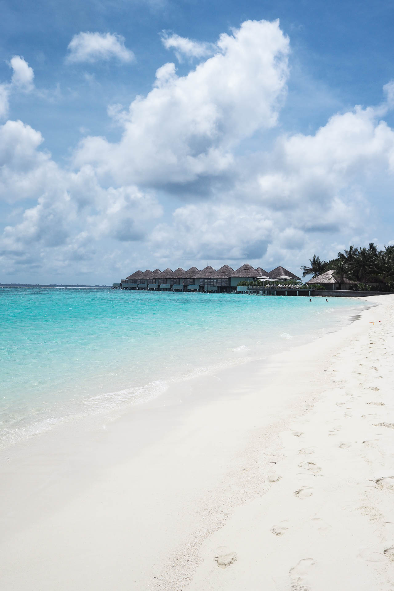 maldives for less, maldives on a budget