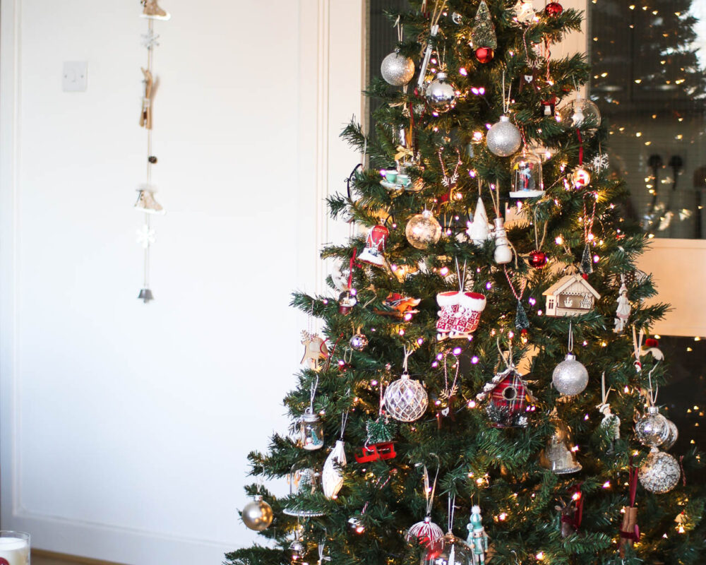 Christmas decorations: preparing the home for Christmas