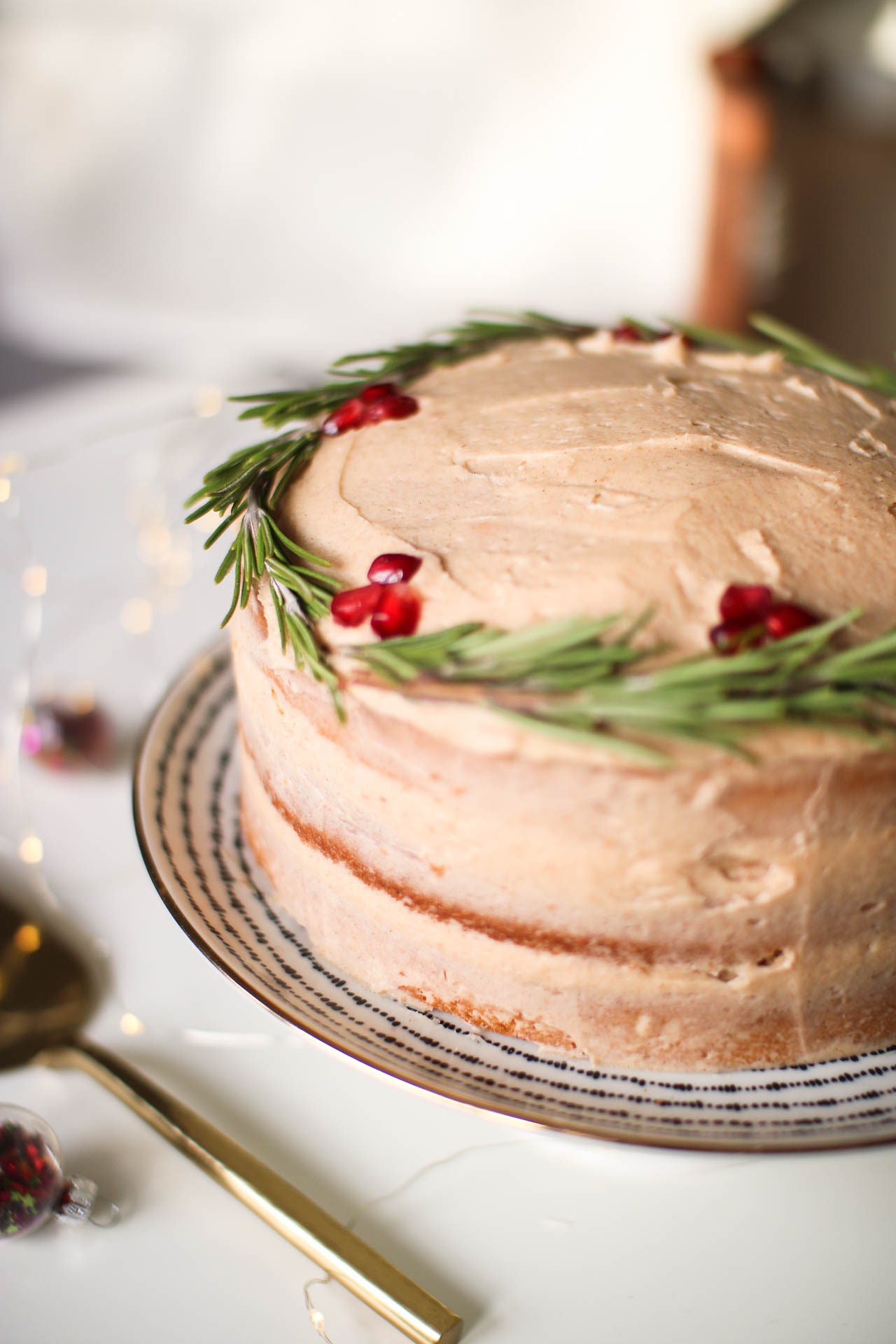 Christmas baking: festive spiced sponge cake